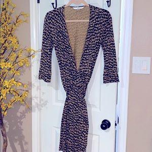 DVF Julian Classic wrap dress size 8 vintage EUC